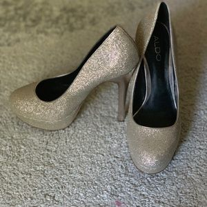 Aldo silver heels with a goldish sparkle